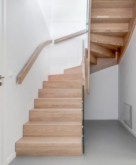 Solid oak wood stairs in Norway. Project no. 74