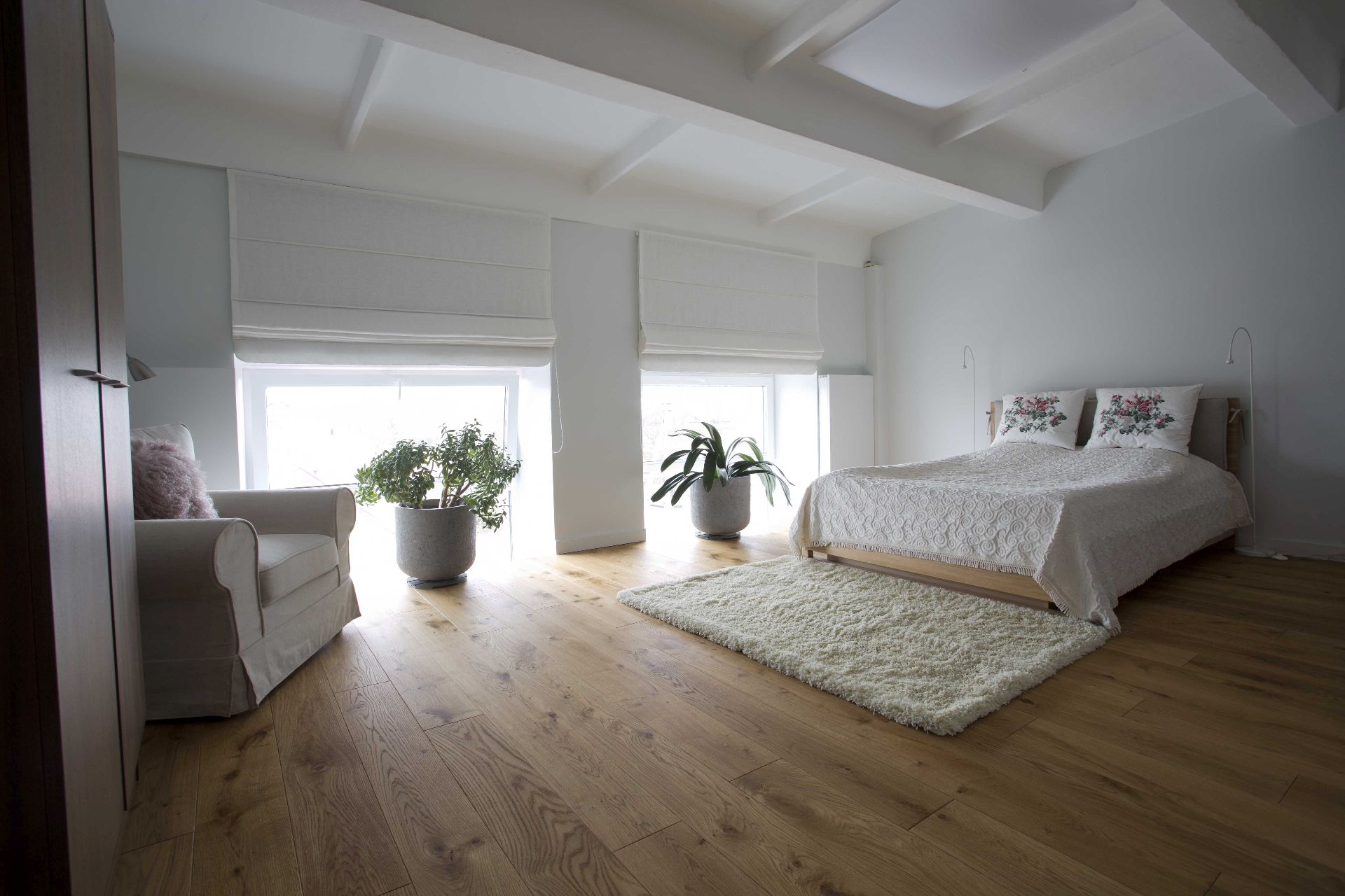Loft. Oak floorboard, 3305 Colorless oil
