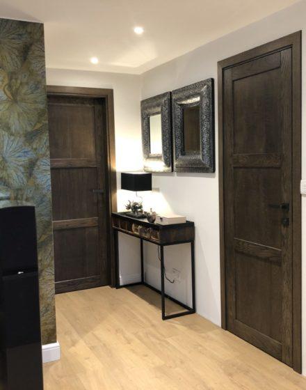 Wooden oak doors: 3490 Ebony, model D3F.